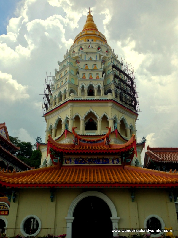 The Kek Lok Si Temple the place to go if you have wishes that need granting. : )